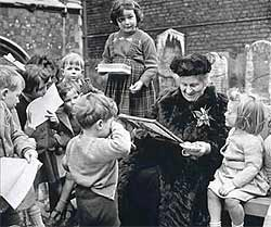 Dr. Maria Montessori teaching